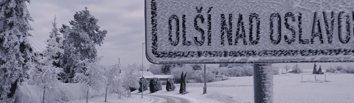 Vesničku zasypal sníh – díky přehradě, větru a inverzi