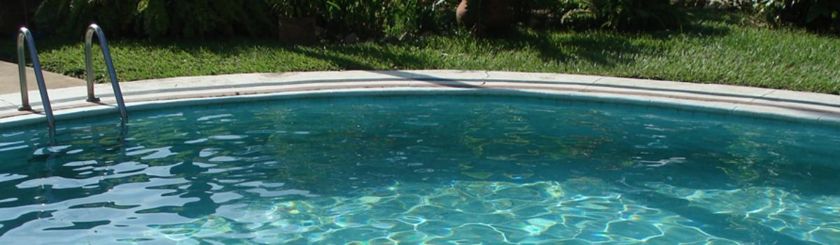 Vodu do bazénu si nechte přivézt cisternou, vyzývají vodohospodáři z Ostravy